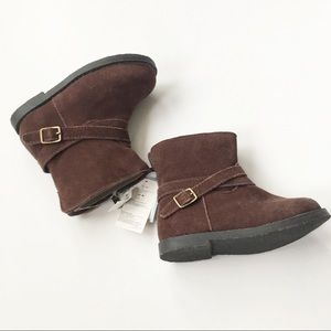 GAP Shoes - NWT BabyGap Sueded Booties